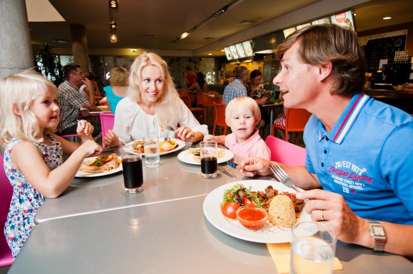 Neptun grilli menüüs on maitsvad kiirotidud nagu täidetud pannkoogid ja grillroad