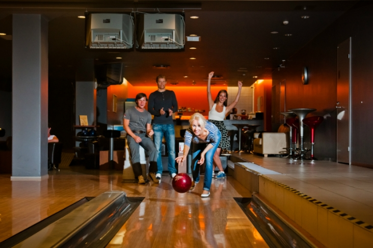 Bowling alley in Tervise Paradiis