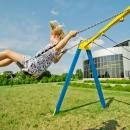 Tervise Paradiisi siseõuel asub laste mänguväljak
