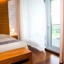 Sviidid koosnevad elu-ja magamistoast ning vannitoast; lisaks on toas mugava diivaniga puhkenurk