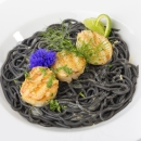 Grillitud kammkarp, Seepia-spagetid, kalaleem